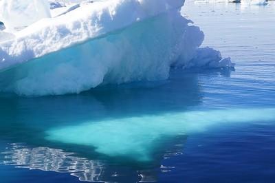iceberg-892518_640