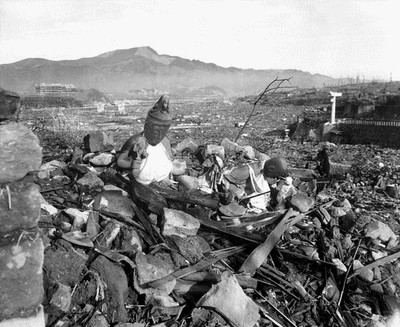 atomic-bomb-67530_640